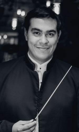 Juan Pablo Valencia Heredia, Director residente